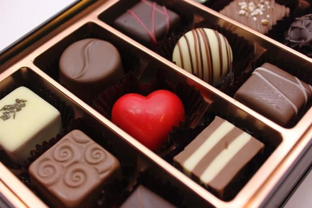 バレンタイン自分チョコ男